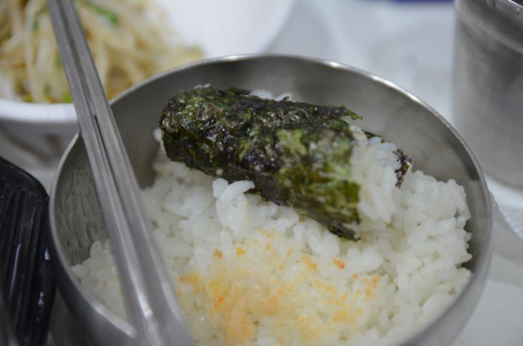 ソウル明洞にあるイェジ粉食(예지분식)で朝食