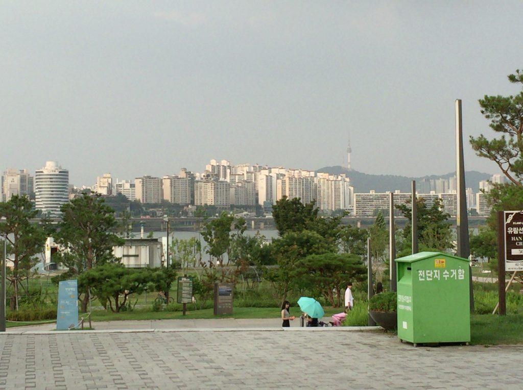 漢江(ハンガン)ディナークルーズ