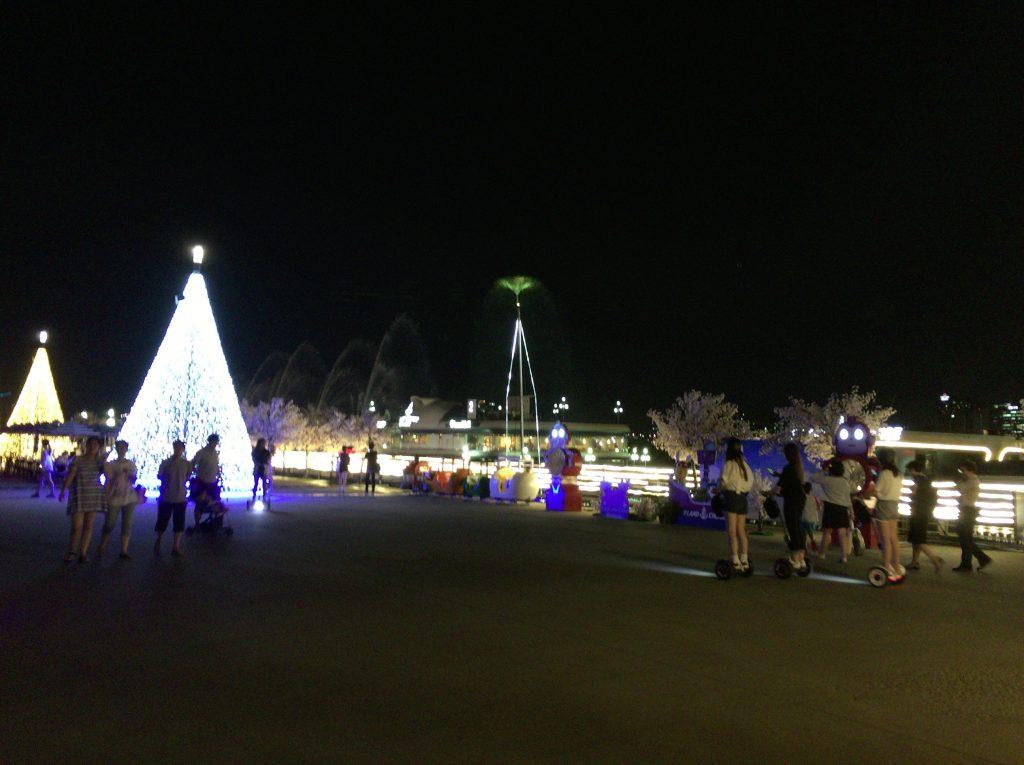 汝矣島(ヨイド)の漢江(ハンガン)ディナー
