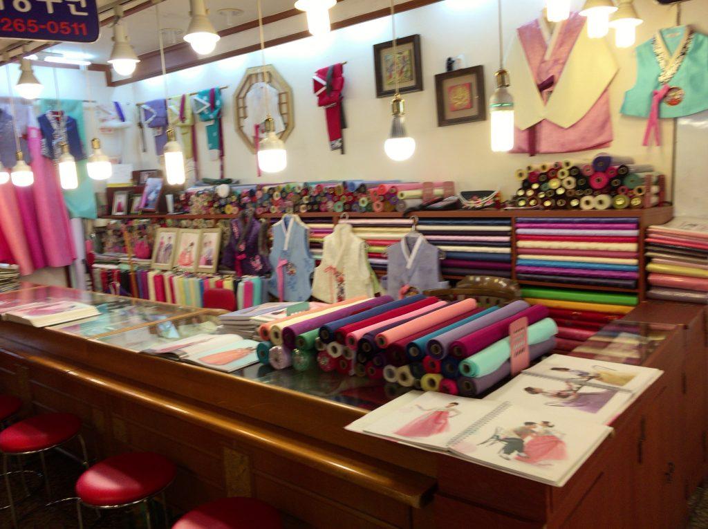 広蔵市場、ポジャギ、韓服の布市場